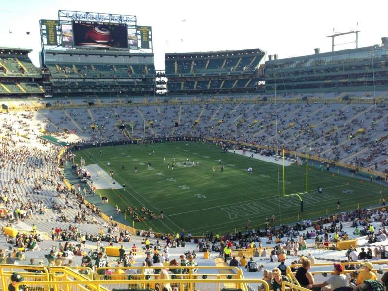 Seating view for Lambeau Field Section 307 Row 8 Seat 8