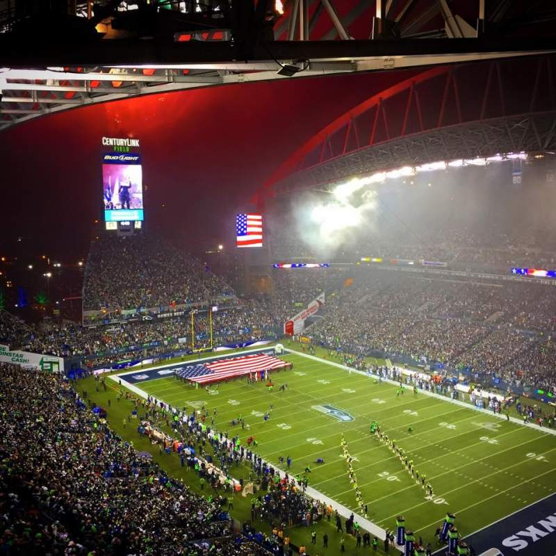 Seating view for CenturyLink Field Section 328 Row EE Seat 25