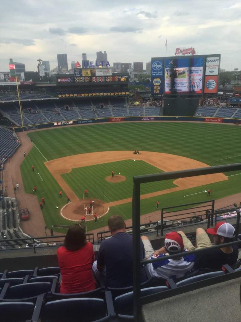 Seating view for Turner Field Section 405L Row 6 Seat 101