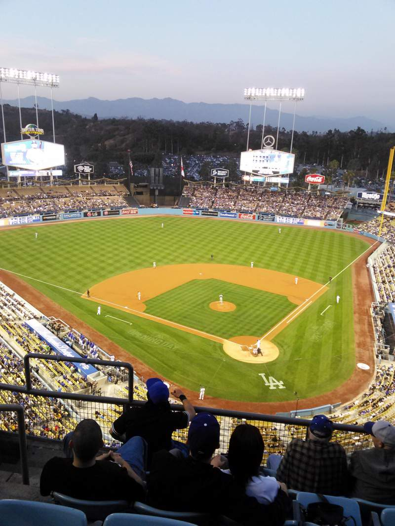 Seating view for Dodger Stadium Section 5td Row E Seat 17