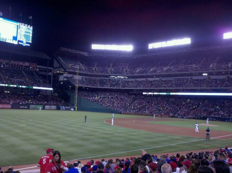 Seating view for Globe Life Park in Arlington Section 13 Row 9 Seat 8