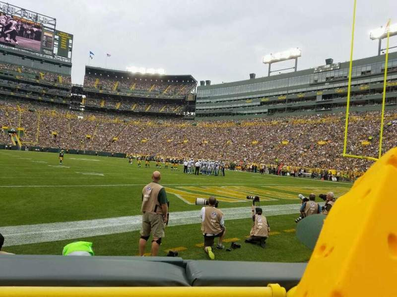 Seating view for Lambeau Field Section 105 Row 2 Seat 13