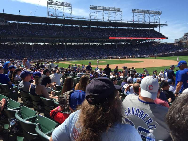 Wrigley Field, section: 137, row: 9, seat: 105