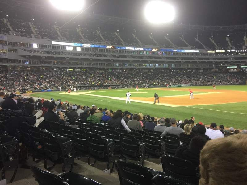 Seating view for Guaranteed Rate Field Section 118 Row 14 Seat 4
