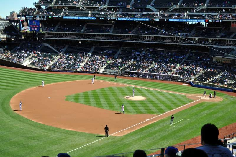 Seating view for Citi Field Section 331 Row 5 Seat 5