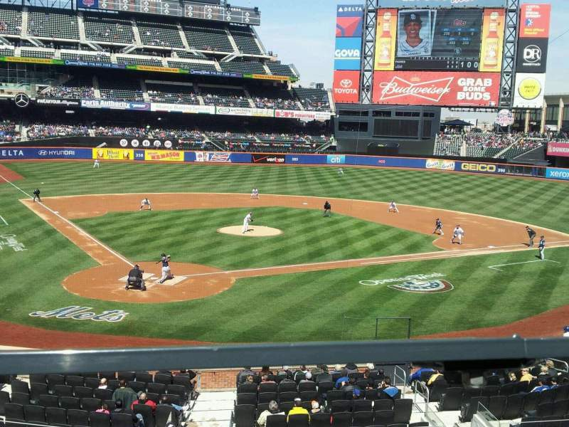 Seating view for Citi Field Section 117 Row 1 Seat 5