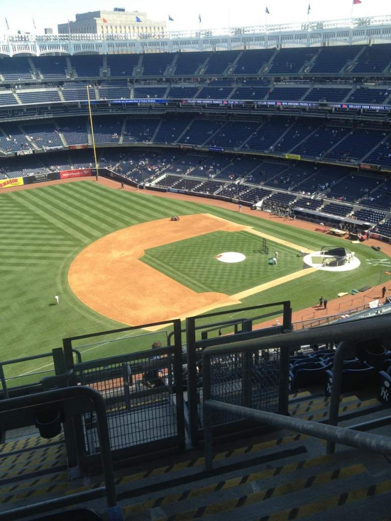 Seating view for Yankee Stadium Section 428 Row 9 Seat 1
