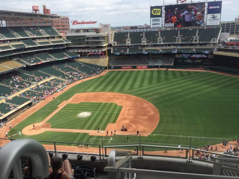 Seating view for Target Field Section 307 Row 7 Seat 21