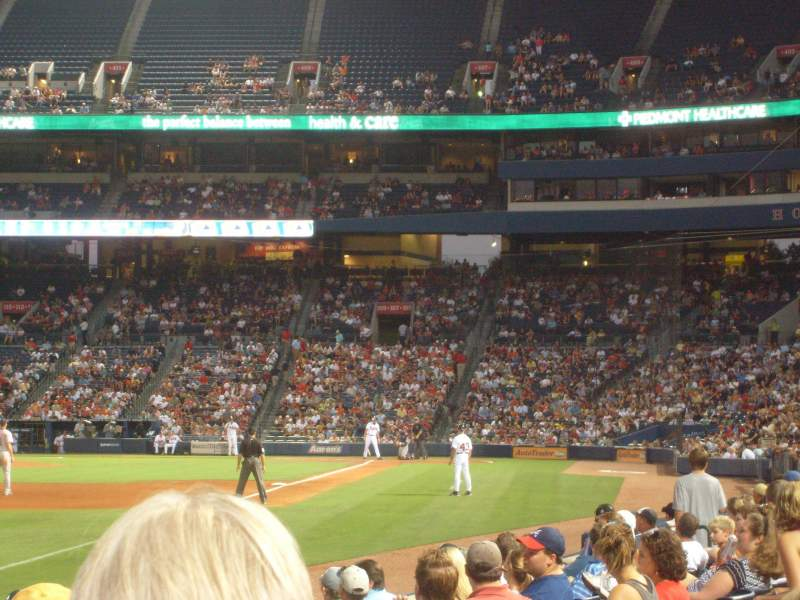 Seating view for Turner Field Section 124L Row 7 Seat 109