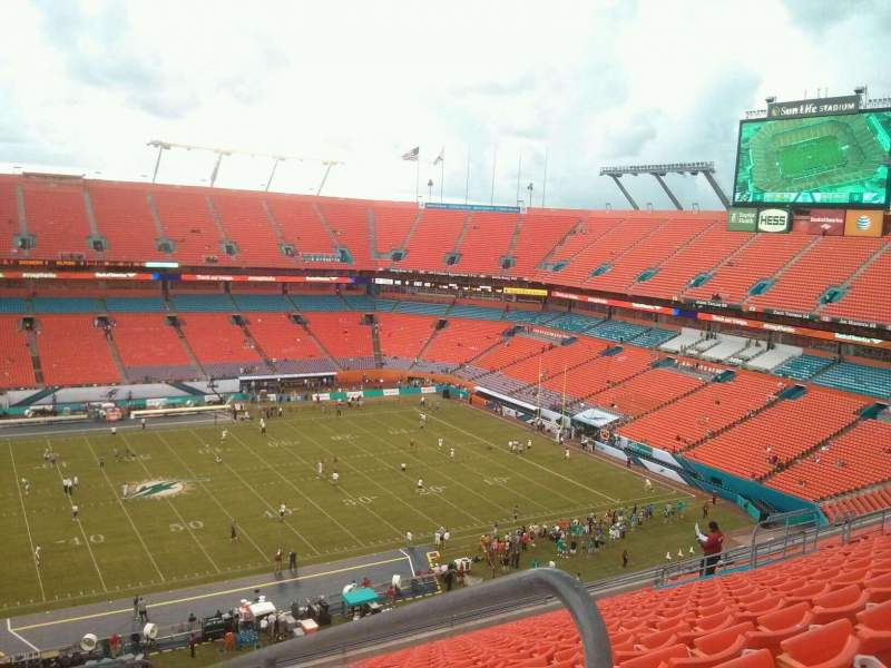Seating view for Hard Rock Stadium Section 416 Row 20 Seat q