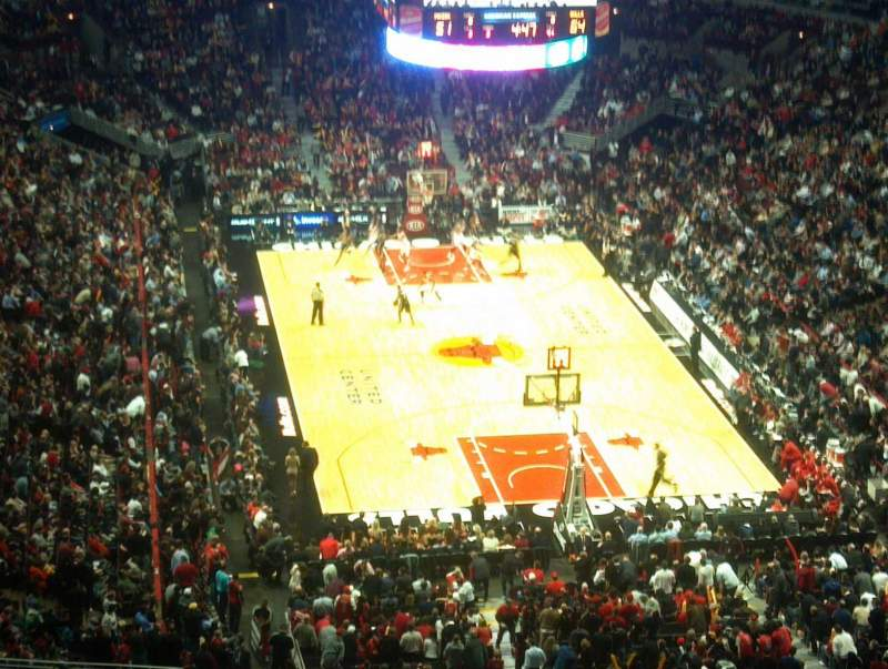 Seating view for United Center Section 310 Row 15 Seat 18