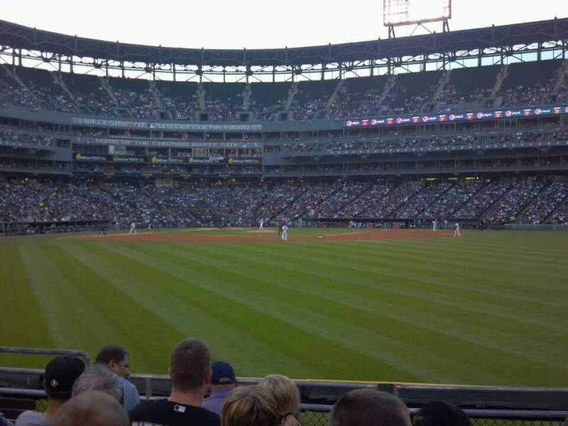 Seating view for Guaranteed Rate Field Section 102 Row 6 Seat 15