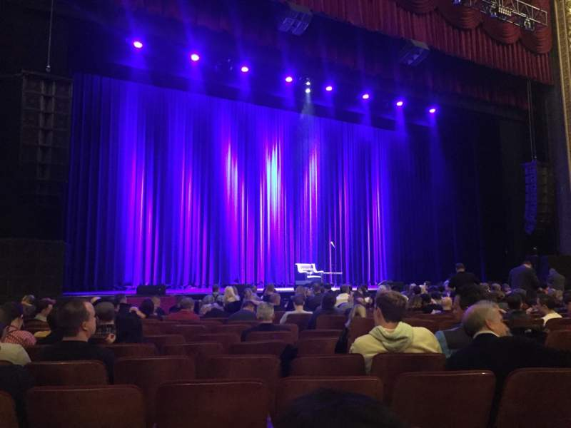 Seating view for Chicago Theatre Section MNFL3L Row MM Seat 313