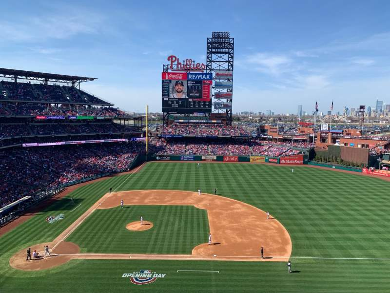 Seating view for Citizens Bank Park Section 315 Row 2 Seat 14