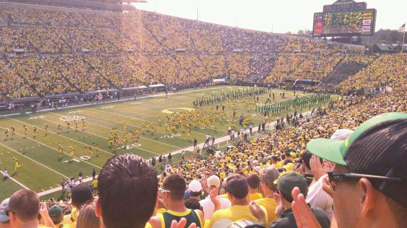 Seating view for Autzen Stadium Section 16 Row 50 Seat 15