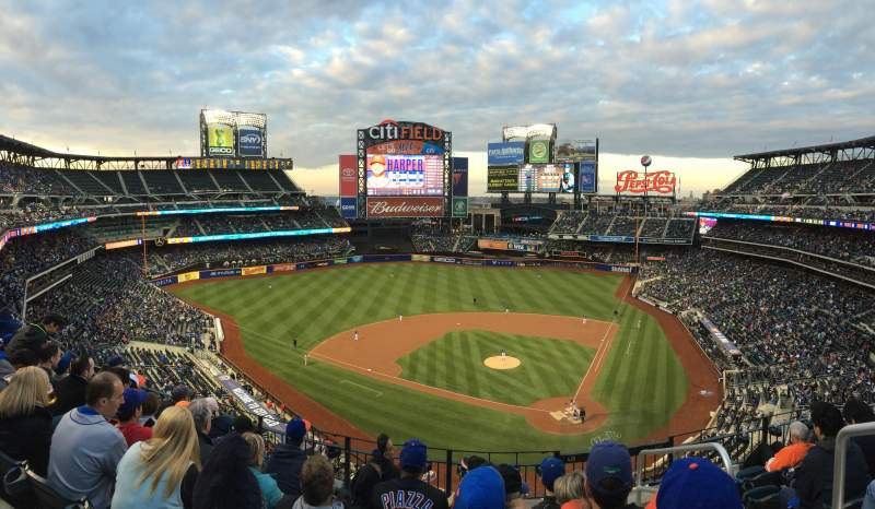 Seating view for Citi Field Section 418 Row 6 Seat 1