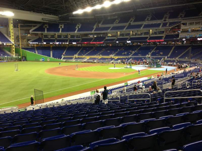 Seating view for Marlins Park Section 25 Row 17 Seat 14