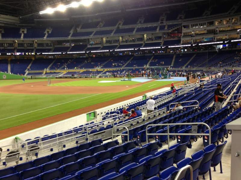 Seating view for Marlins Park Section 25 Row 1 Seat 3
