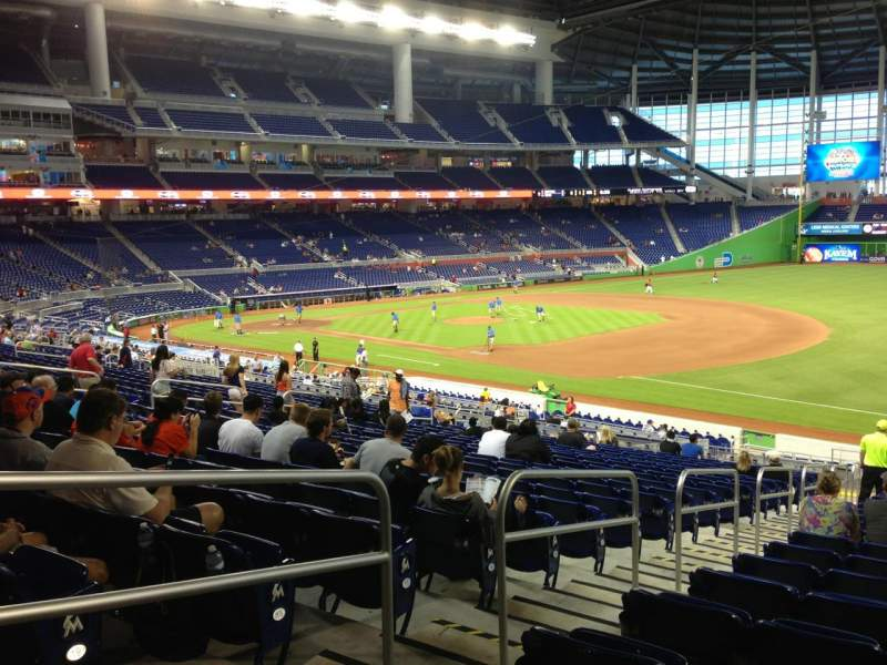 Seating view for Marlins Park Section 5 Row 21 Seat 17