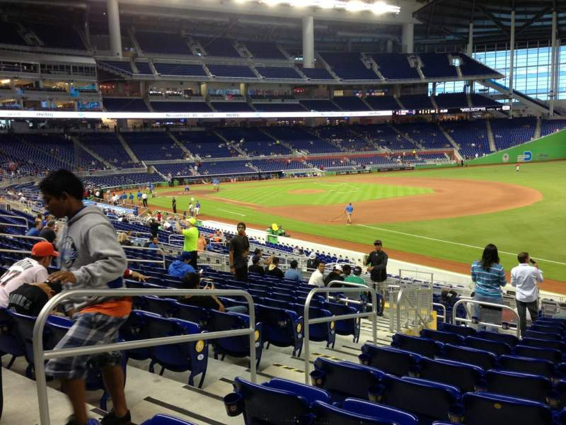 Seating view for Marlins Park Section 4 Row 13 Seat 18