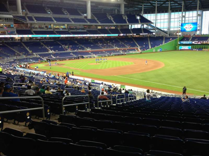 Seating view for Marlins Park Section 4 Row 26 Seat 18