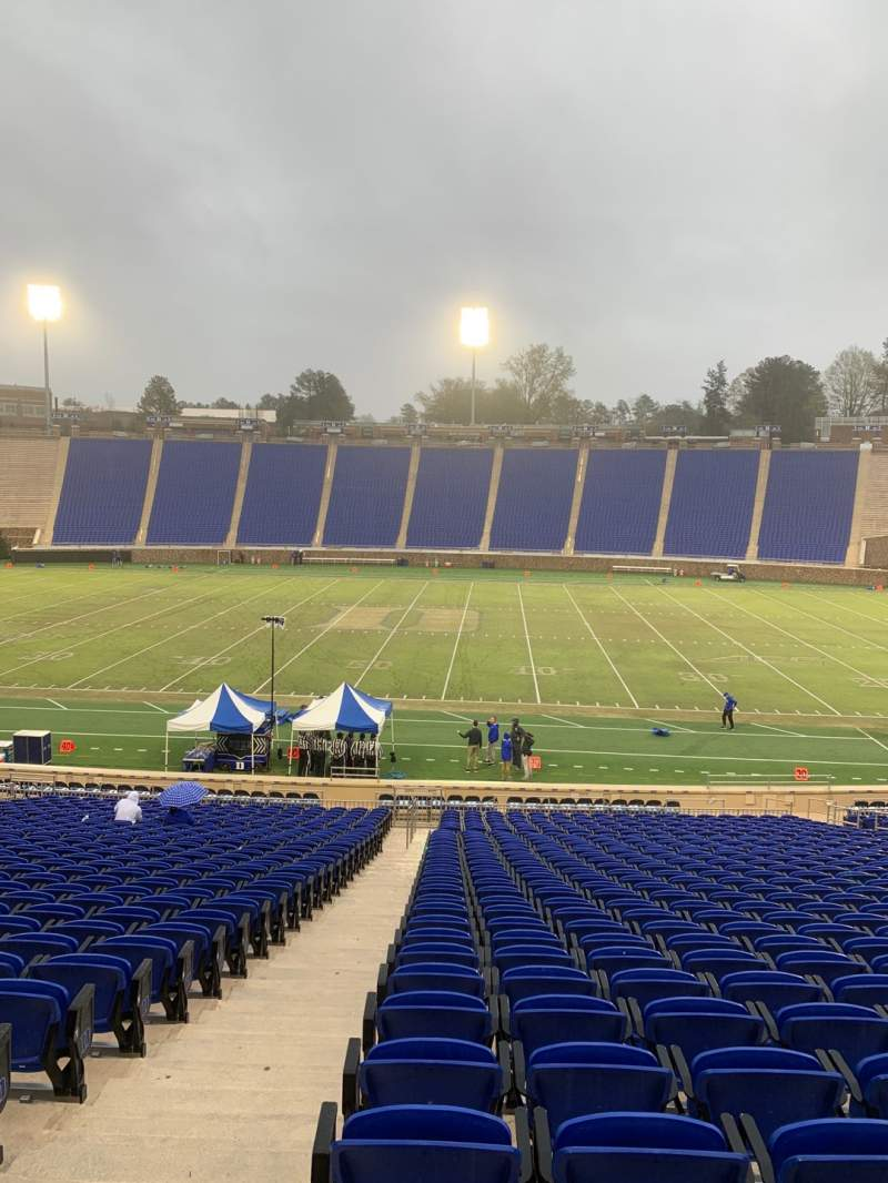 Seating view for Wallace Wade Stadium Section 27 Row Z Seat 2