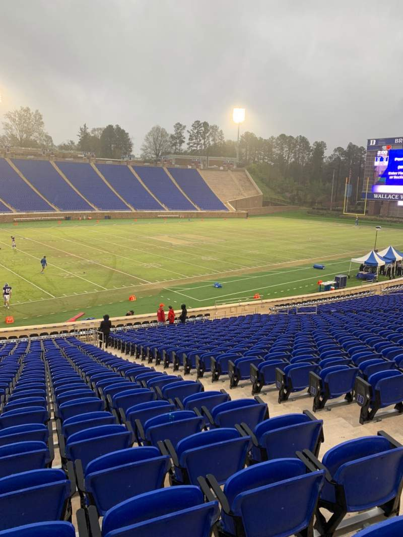 Seating view for Wallace Wade Stadium Section 23 Row V Seat 9