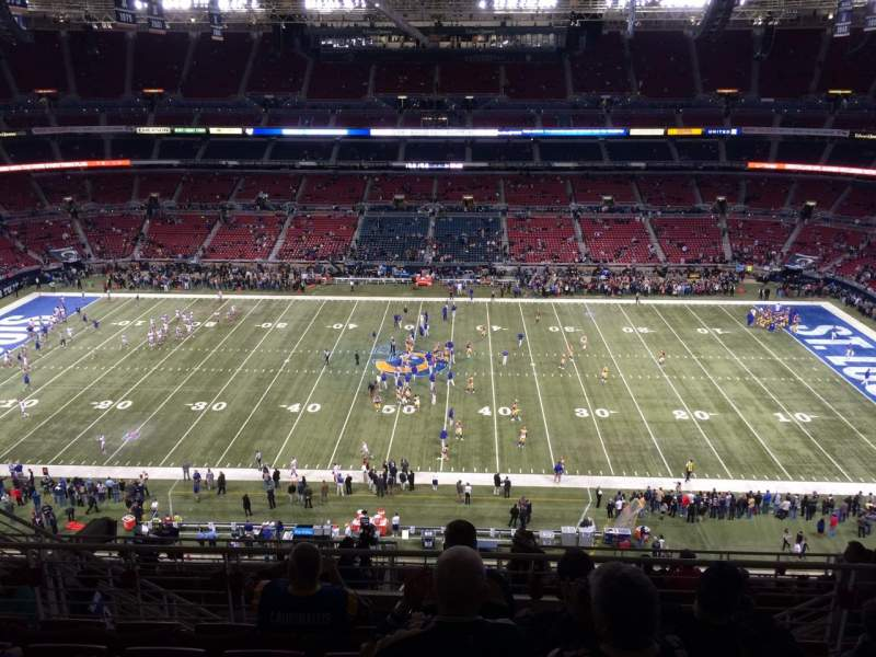 The Dome at America's Center, section: 440, row: HH, seat: 8