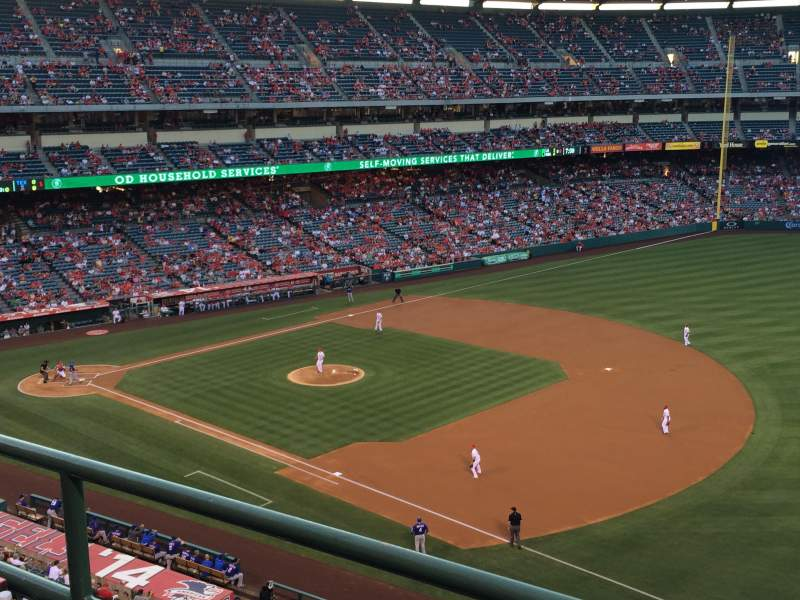 Seating view for Angel Stadium Section V428 Row B Seat 8