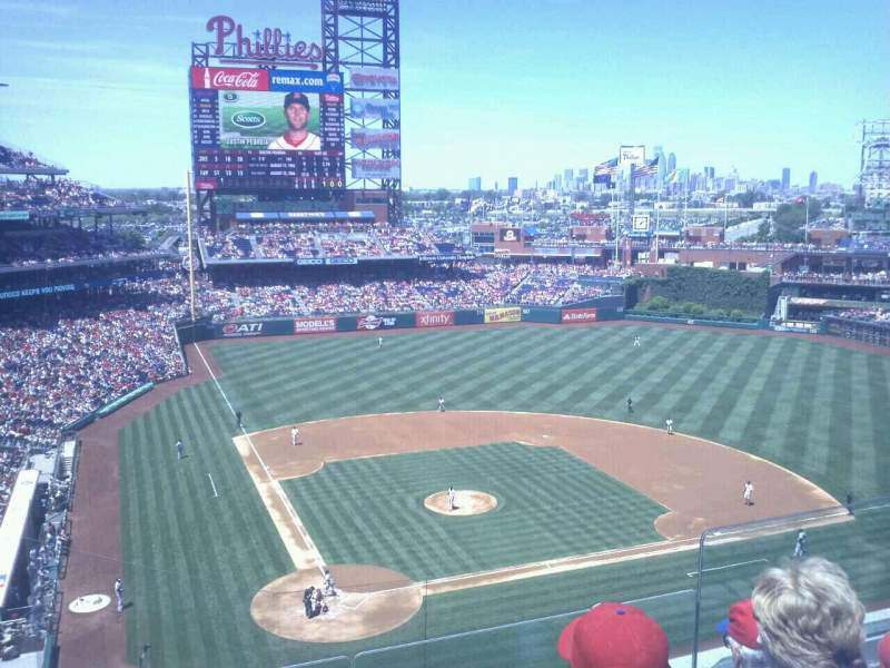 Seating view for Citizens Bank Park Section 318 Row 4 Seat 6