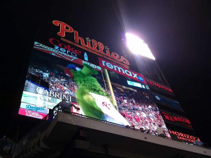 Citizens Bank Park, section: 141, row: 13, seat: 5