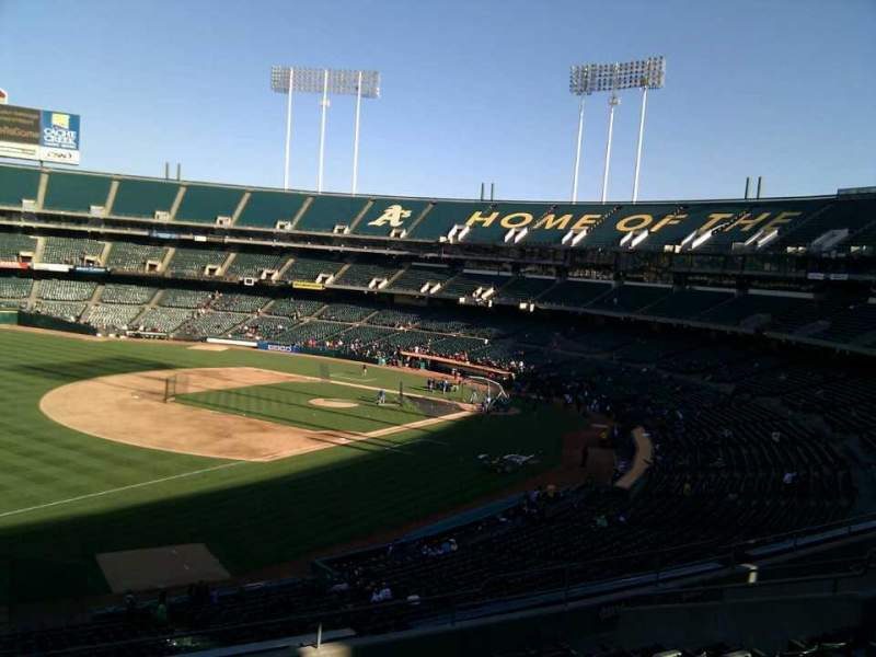 Seating view for Oakland Alameda Coliseum Section 227 Row 11 Seat 22