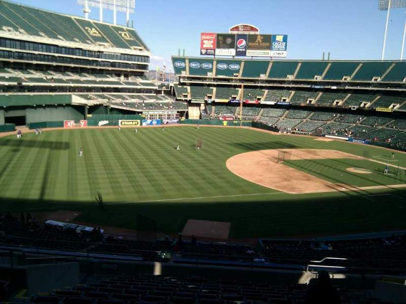 Seating view for Oakland Alameda Coliseum Section 226 Row 15 Seat 18