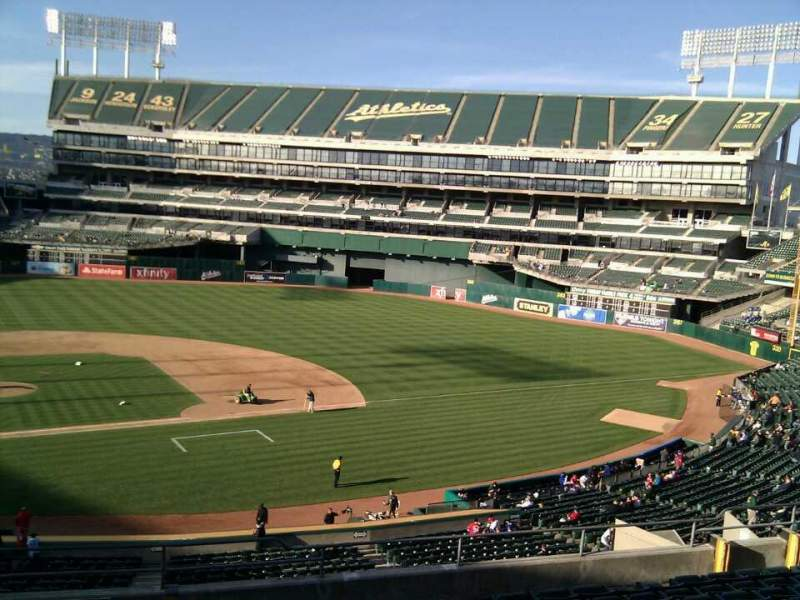 Seating view for Oakland Alameda Coliseum Section 213 Row 11 Seat 22