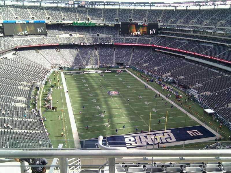 Seating view for MetLife Stadium Section 303 Row 13 Seat 24