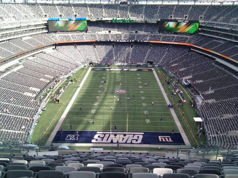 Seating view for Metlife Stadium Section 301 Row 23 Seat 10