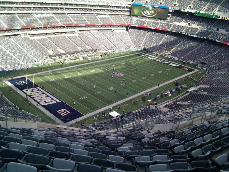 Seating view for MetLife Stadium Section 345 Row 21 Seat 22