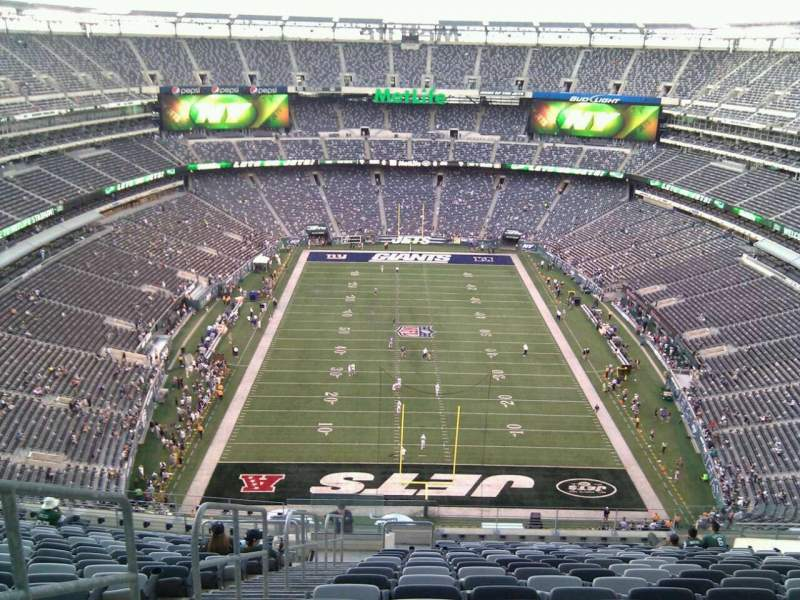 Seating view for Metlife Stadium Section 326 Row 24 Seat 19