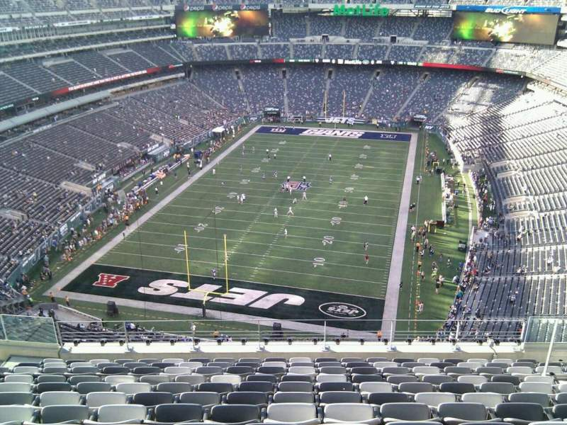 Seating view for MetLife Stadium Section 324 Row 16 Seat 13