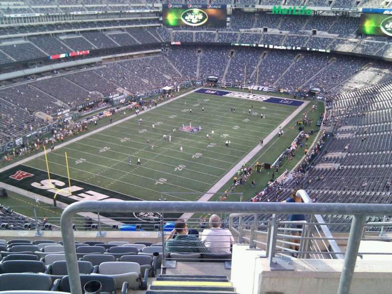 Seating view for MetLife Stadium Section 322 Row 14 Seat 4