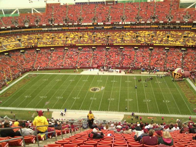 Seating view for FedEx Field Section 426 Row 26 Seat 22