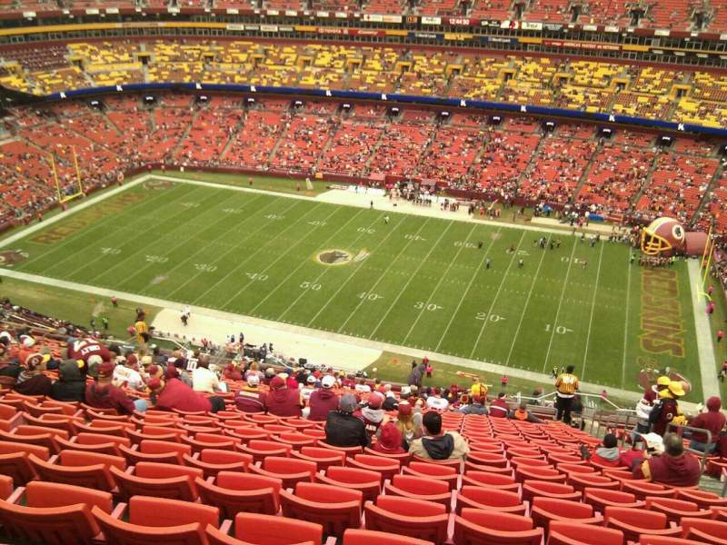 Seating view for FedEx Field Section 425 Row 29 Seat 5
