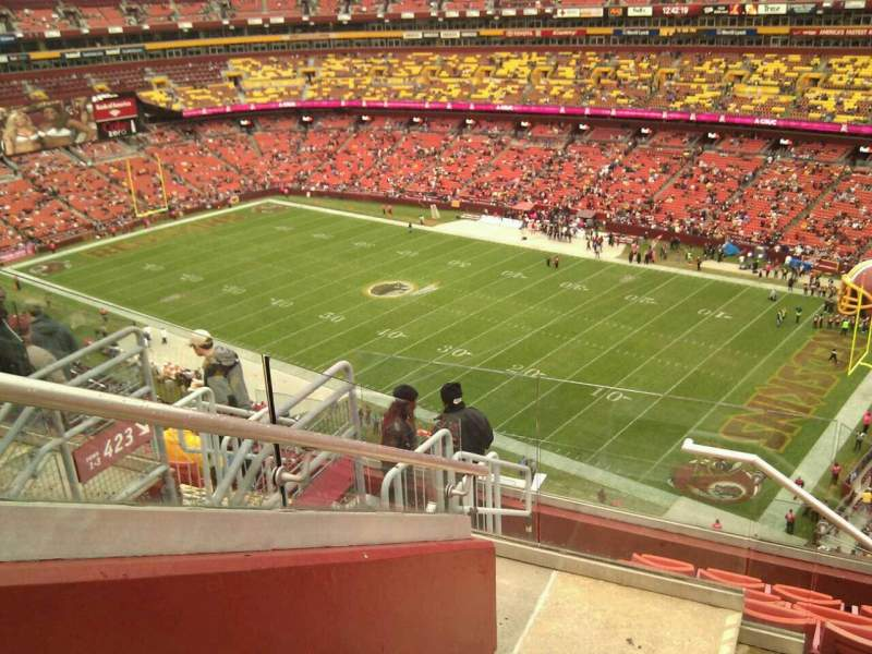 Seating view for FedEx Field Section 422 Row 8 Seat 13