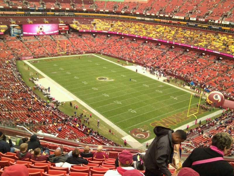 Seating view for FedEx Field Section 420 Row 13 Seat 5