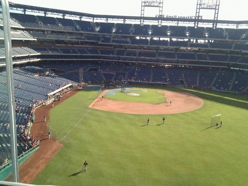 Seating view for Citizens Bank Park Section 303 Row 1 Seat 24