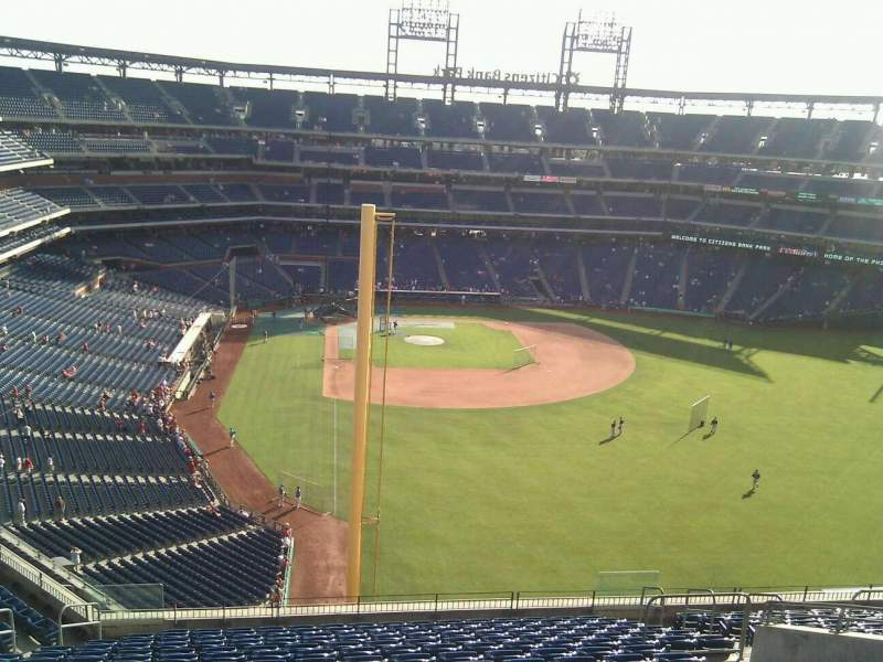 Seating view for Citizens Bank Park Section 305 Row 17 Seat 11