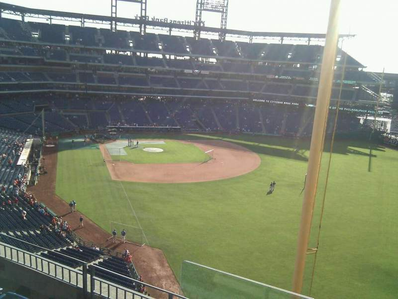 Seating view for Citizens Bank Park Section 306 Row 4 Seat 13