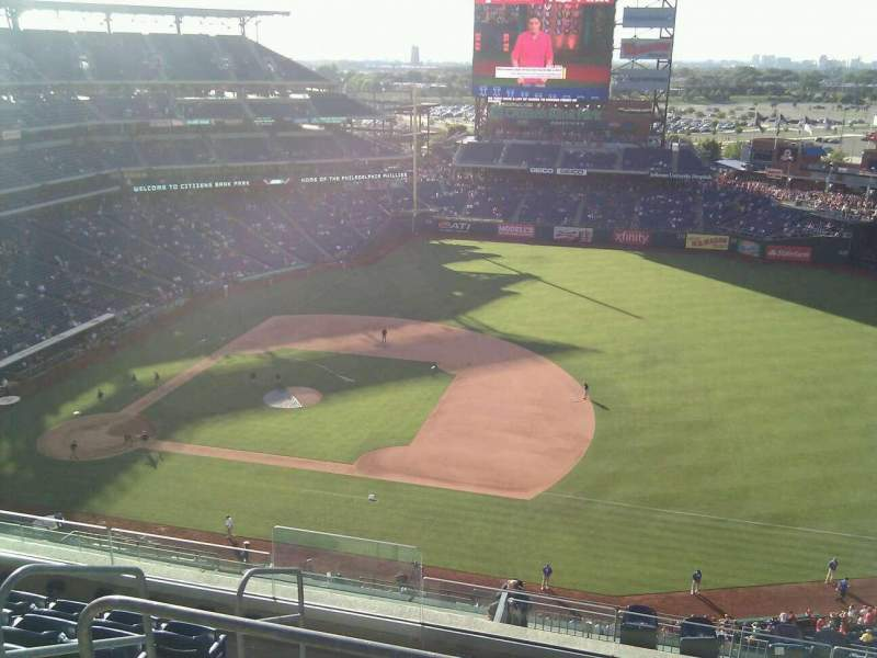 Seating view for Citizens Bank Park Section 413 Row 7 Seat 21