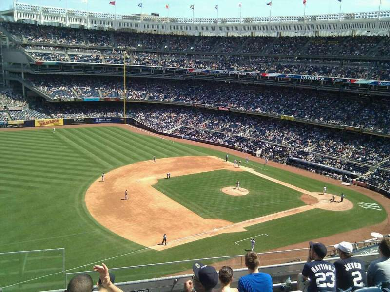 Seating view for Yankee Stadium Section 327 Row 6 Seat 25