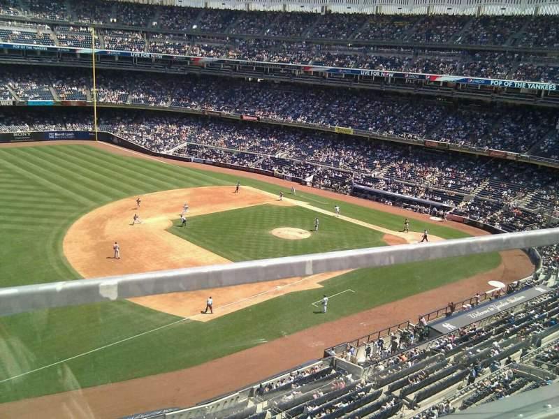 Yankee Stadium, section: 328, row: 1, seat: 8
